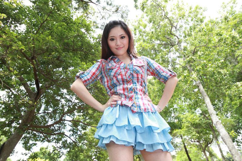 lena-wong-2011-ii
