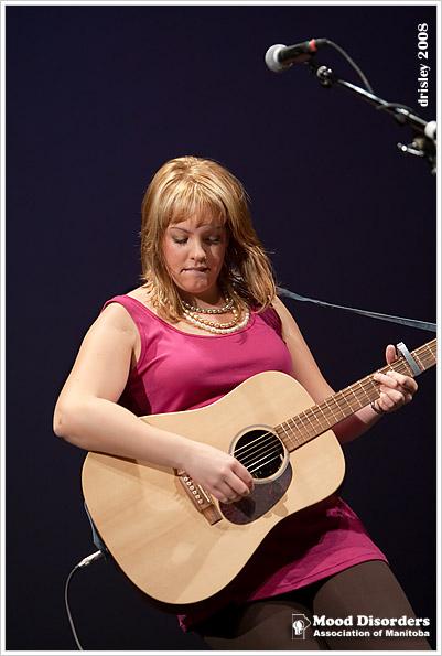 IMAGE: http://images2.fotop.net/albums2/isp/mooddisorders/1D3_4482.jpg